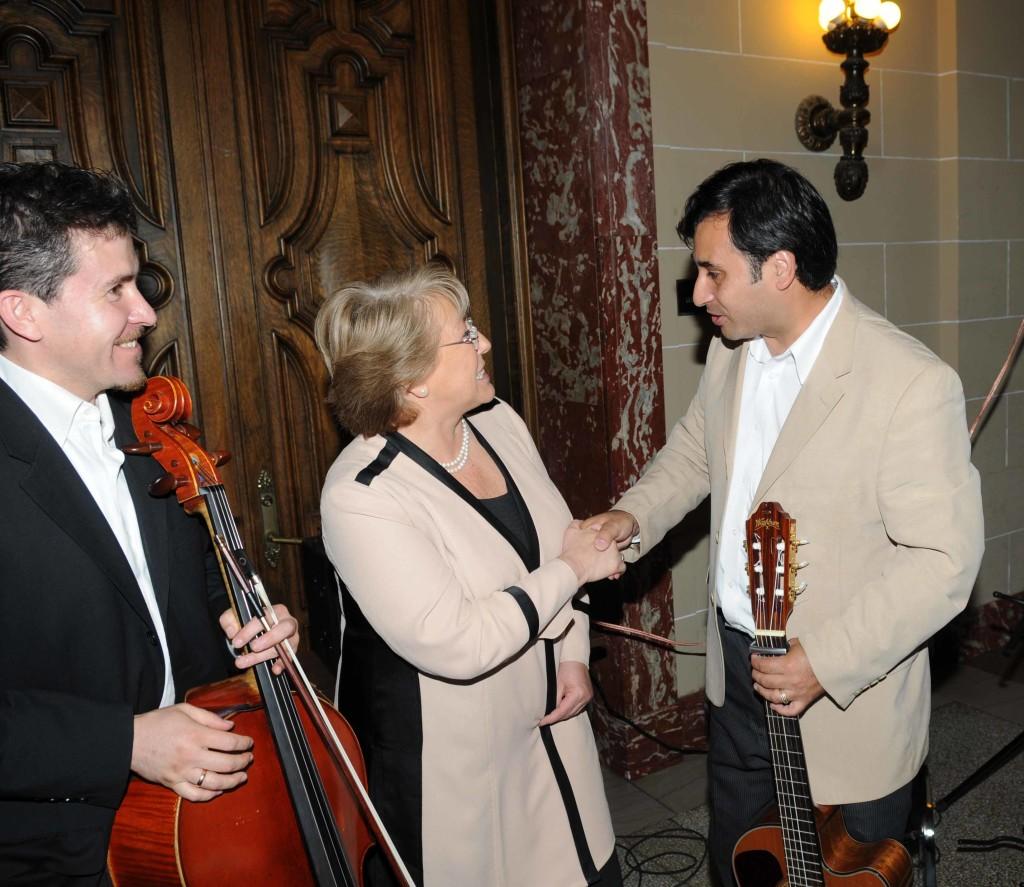 Con Bachelet OEA Junio 2009